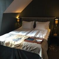 Photo taken at Stora Hotellet by Fredrik L. on 6/4/2016