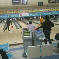 Photo taken at Anchor Lanes by Wander A. on 4/23/2016