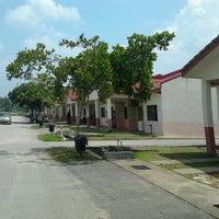 Photo taken at KK2, Universiti Malaysia Pahang by Arysha I. on 7/25/2013