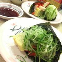 Photo taken at Sushi King by Eymirsya E. on 1/21/2013