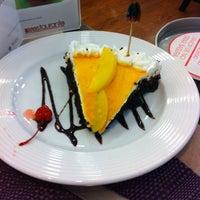 Foto tomada en Liverpool Restaurante por Diana el 11/7/2013
