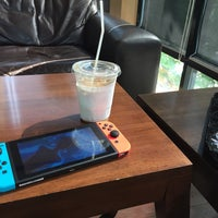 Photo taken at TUP Coffee Bar by pangshi e. on 4/21/2017