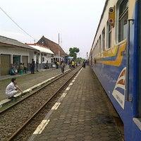 Photo taken at Stasiun Gandrungmangun by okkylh n. on 5/15/2014