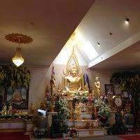 Photo taken at วัดพุทธรังษี by Eddie A. on 10/26/2012