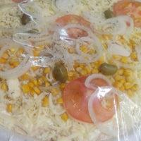 Photo taken at Apreciatta Pizza Pré-Assada by Plínio C. on 8/17/2014