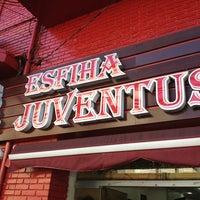 Foto tirada no(a) Esfiha Juventus por Michel A. em 7/6/2013