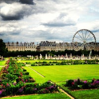 Photo prise au Jardin des Tuileries par Aim To T. le6/26/2013