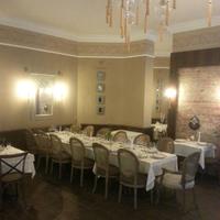 รูปภาพถ่ายที่ Honça Anatolia Cuisine โดย Volkan K. เมื่อ 9/6/2013