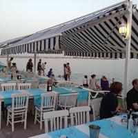 5/31/2013 tarihinde Alp S.ziyaretçi tarafından Yengeç Restaurant & Otel'de çekilen fotoğraf