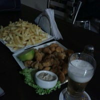 Photo taken at Fish & Beer - Petiscaria e Choperia by Aline K. on 8/10/2013