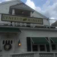 Photo taken at Lynfred Winery by Arelia D. on 7/24/2016