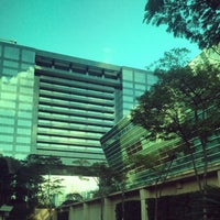 Photo taken at Itaú Unibanco by Red A. on 7/29/2014