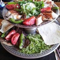 8/13/2013 tarihinde Yasemin I.ziyaretçi tarafından Sebatibey Restorant&Cafe'de çekilen fotoğraf