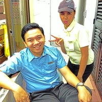Photo taken at Cafe Ilustrado by Angelo M. on 8/19/2013