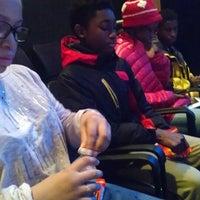 12/28/2014 tarihinde Jelani George Costanza T.ziyaretçi tarafından Anacostia Playhouse'de çekilen fotoğraf