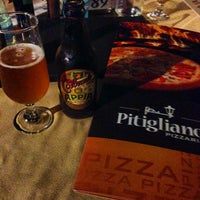 Photo taken at Pitigliano Pizzaria by Breno Shester S. on 1/20/2014