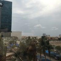 Photo taken at King Abdulaziz Rd by Abduljawad_FH on 12/2/2015