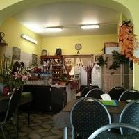 Foto scattata a Dilmon La Table d'Orient da Thibaut il 10/17/2014
