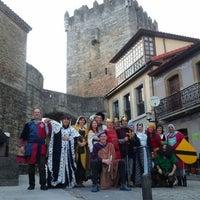 Foto diambil di Castillo de Valdés Salas oleh Maria M. pada 3/30/2014