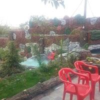 Photo taken at Güner İnşaat & Yapı Dekorasyon by erdin G. on 8/26/2014