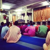 Photo taken at Masjid Al-Ansar by Luqman Hakim S. on 3/28/2013