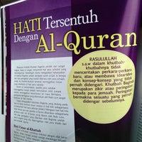 Photo taken at Masjid Al-Ansar by Luqman Hakim S. on 4/11/2013