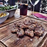 Foto tirada no(a) Shato Steakhouse por Mert Yıldırım . em 10/17/2015