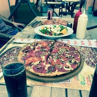 Photo taken at Panino fabs Pizza Aliağa by göкнαη g. on 8/9/2017