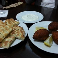2/23/2014にMerve T.がKervan Kebap ve Lahmacun Salonuで撮った写真