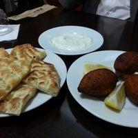Foto tirada no(a) Kervan Kebap ve Lahmacun Salonu por Merve T. em 2/23/2014