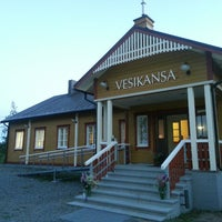 Photo taken at Vesikansan Nuorisoseurantalo, Paimela by Harri R. on 6/8/2013