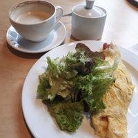 Das Foto wurde bei di Café - Deli von Nadi♡ P. am 12/19/2017 aufgenommen