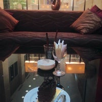 Photo taken at Holiday Inn Bandung by Ana P. D. on 12/1/2016