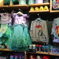 Photo taken at Disney Store by Mario R. on 8/26/2013
