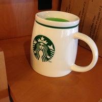 Photo taken at Starbucks by Joshua L. on 5/30/2013