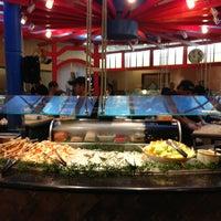 Das Foto wurde bei Shinju Japanese Buffet von Walter M. am 4/21/2013 aufgenommen
