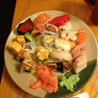 Das Foto wurde bei Shinju Japanese Buffet von Walter M. am 4/27/2013 aufgenommen