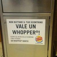 Foto scattata a Burger King Leonardo da Antonio M. il 10/10/2013