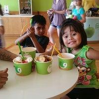 Photo taken at Green Apple Self Serve Frozen Yogurt by Cassandra V. on 5/21/2014