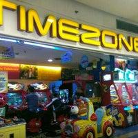 Photo taken at Timezone by Rapiszal R. on 4/29/2016