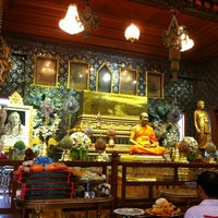 Photo taken at Wat Paknam Bhasi Charoen by Diow B. on 3/16/2013