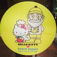 Photo taken at Beard Papa's by Elton L. on 6/8/2013