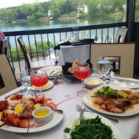 Photo taken at Mill Pond House Restaurant by Joanna S. on 5/30/2014