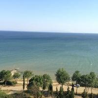 Das Foto wurde bei Köfteci İbrahim von Selçuk göktuğ A. am 7/7/2013 aufgenommen