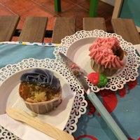 Foto tomada en Alma's Cupcakes por José Manuel P. el 2/6/2014