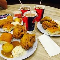 Photo taken at KFC by shafiq baharudin shafiq on 8/15/2016