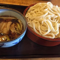Photo taken at 手打ちうどん ゆでたて家 by しとひい on 1/3/2016
