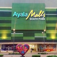 Foto scattata a Ayala Malls South Park da Ed Ψ A. il 6/10/2017