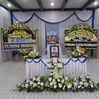Photo taken at Rumah Duka Abadi by Ronny L. on 10/11/2014