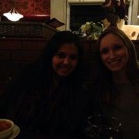 Foto scattata a Amore Italian Restaurant da Debbie S. il 12/27/2013